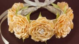 Ободок-венок с персиковыми розами для невесты
