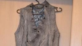 Сіра сукня із войлока