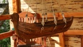 Колиска-човен