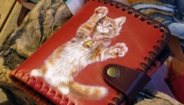 Кожаный кошелек «Котенок-шалунишка»