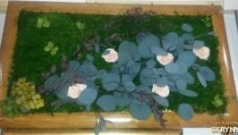 Живая цветочная композиция