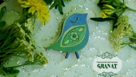 Деревянная брошка: «Птичка Счастья» (акварельная нежность)
