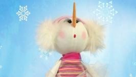 Текстильная кукла Девочка-снеговик Соня