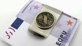 Зажим для денег с монетой 1 DOLLAR USA САКАГАВЕЯ ′Пояс Гайавата′