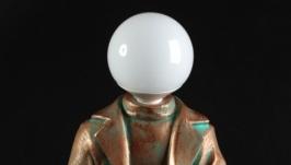 Светильник ′Светлая голова′ (на кубе)