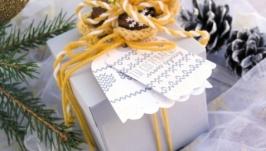 Подарункова коробочка