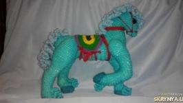 В′язана іграшка ′Конячка′