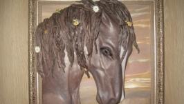 Картина из натуральной кожи ′Лошадь Розали′
