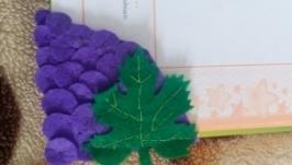 Закладка в книгу ′Виноград′