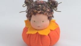 Вальдорфская кукла из серии Цветочные детки. Тыква.