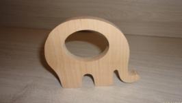 Грызунок из дерева серия ′Зоопарк′.  Прорезыватель - Слоник