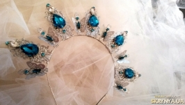 Ободок-корона ′Голубая лагуна′