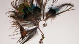 Кафф из меди, кристаллов и перьев Мата Хари