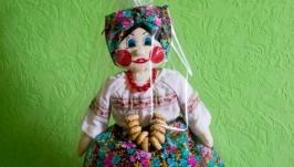 Кукла-грелка ручной работы.