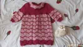Нове в′язане платтячко для дівчинки