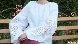 Жіноча вишита блузка Ришельє1