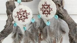 Вышитые серьги льняные с перьями ′Скандинавская мистерия′