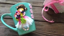 Чашечка девочка c цветами