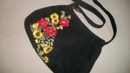 Сумка средняя черная с вышивкой ′Маки и подсолнухи′
