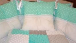 Набор :бортики в кроватку, одеялко