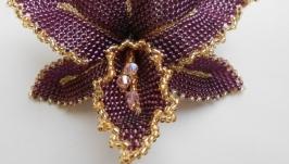 Орхидея из бисера на резинке для волос