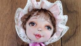 Авторская кукла Розовый чепчик. Интерьерная текстильная кукла.