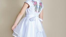 Ніжне плаття Віра для святкових подій