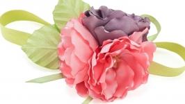 Повязка на голову с цветами из ткани