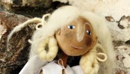 Текстильна іграшка-підвіска ′Різдвяний янгол′
