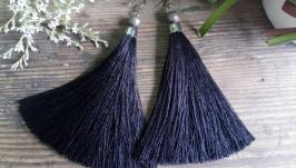 Шикарные черные кисти