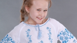 Вышиванка для девочки ′Роза Рушничок′