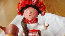 Інтер′єрна іграшка Українка