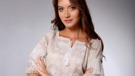 Вышиванка женская бежевый лен белая вышивка 34 рукав