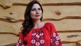 Женское платье с вышивкой П05-261
