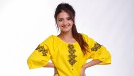 Вышитое платье для девушки «Мамині ромашки»