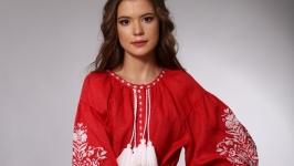 Женское платье из красного льна с белой вышивкой ′Дерево Жизни′