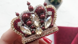 Брошь корона