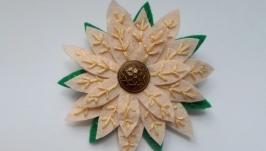 Брошка ′Квітка′