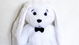 Белый кролик. Игрушка ручной работы
