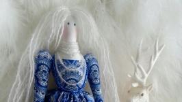 Кукла в стиле Тильда в образе богини Зимы