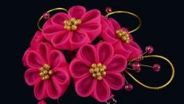 Набор заколок с цветами канзаши из ткани