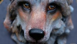 Волк ручной работы на подставке