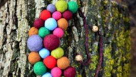 Шерстяне намисто ′Веселка′