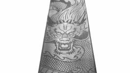 Галстук из натуральной кожи с лазерной гравировкой ′Дракон′