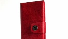 Красный клатч-кошелек  из натуральной кожи ручной работы.