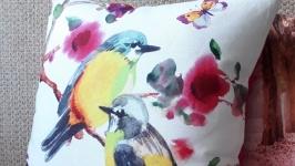 Яркие сочные весенние подушки ′Птицы′