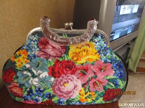 1068ec6f589c Купить Дамская сумочка из натур. замши с вставкой из чешского бисера ...