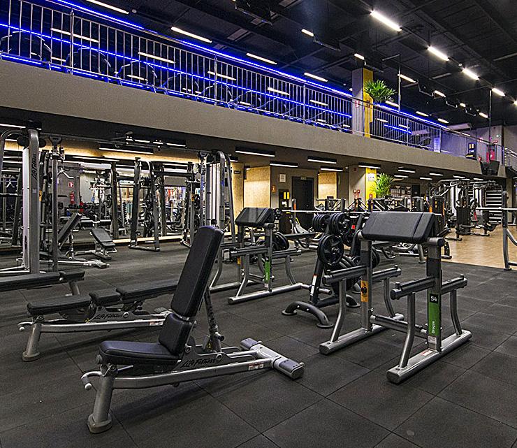 Smart fit academia unidade palmas tocantins equipamento peso livre musculacao