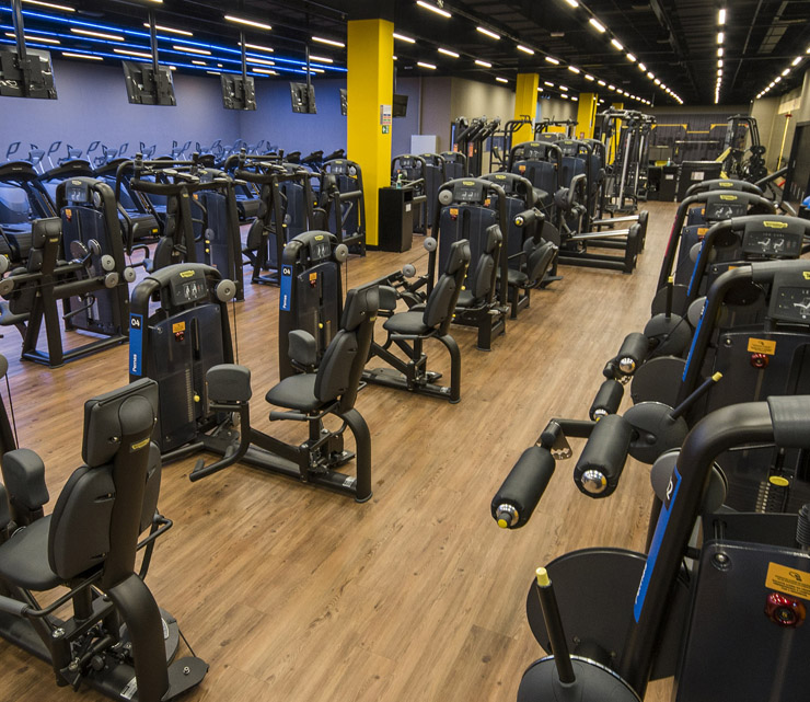 Smart fit academia unidade goiania goias aeroviario shopping cerrado area musculacao equipamentos