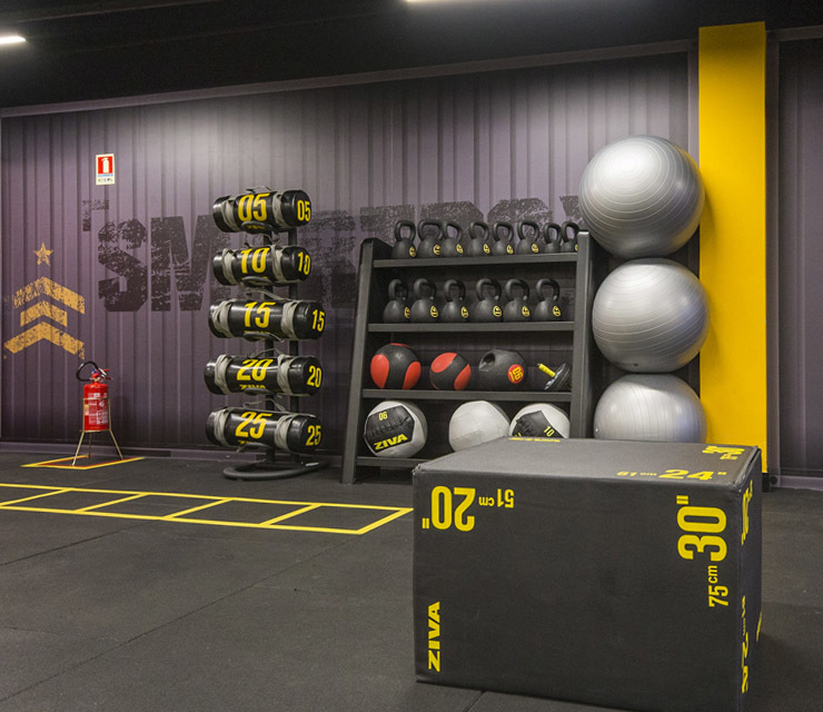 Smart fit academia unidade boulevard brasilia df area funcional treino trx plyo box equipamentos